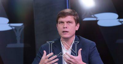 La Nación / Clases presenciales: de Poncio Pilatos calificó Buzarquis al ministro de Educación