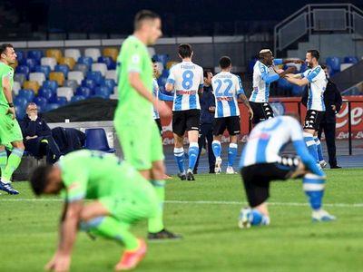 Lazio fue goleado por el Napoli