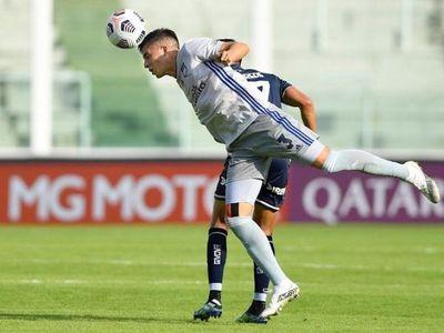 Emelec se recupera y vence a Talleres con goles uruguayos