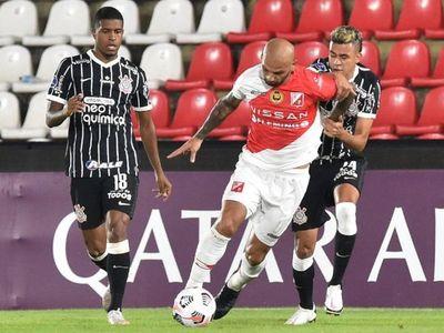 El Kelito complicó a Corinthians