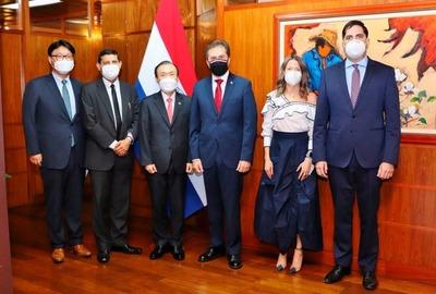 Corea apoyará al desarrollo de la industria de automóviles eléctricos en Paraguay