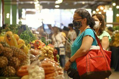 6 de cada 10 paraguayos prefiere comprar físicamente