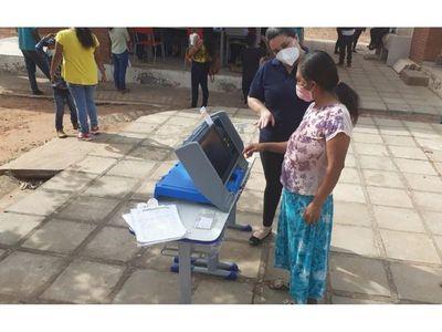 Documentan y capacitan a comunidades indígenas sobre el voto electrónico