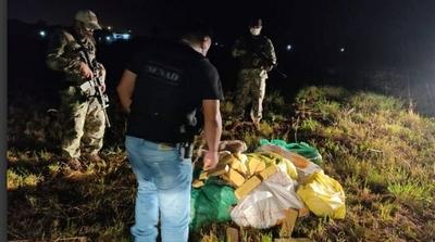 Incautaron 216 kilogramos de marihuana a orillas del río Paraguay – Prensa 5