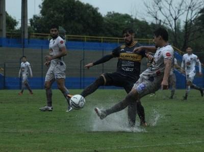 Sendos empates en lluviosa jornada