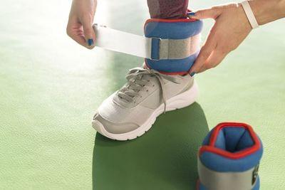 ¿Caminar con pesas es bueno para tu cuerpo?