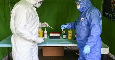 La Nación / Se requieren pruebas menos agresivas que el hisopado para detectar el coronavirus, según The Lancet