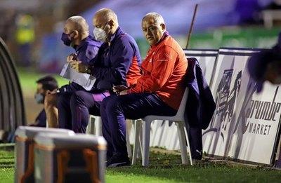 """Versus / """"Chiqui"""" destacó el partido de su equipo y elogió a """"Fernandito"""" Ovelar"""