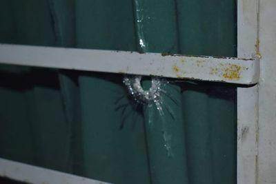 Disparos en enfrentamiento por ocupación de la Municipalidad de Independencia