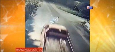 Discusión casi termina en tragedia: Joven fue atropellado por una camioneta