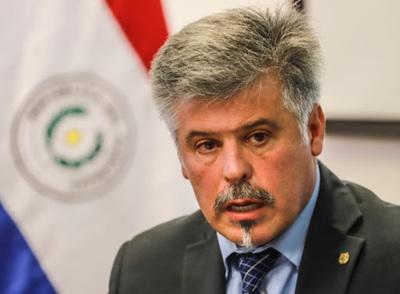 """Giuzzio afirma que """"forzarán"""" a ciudadanos para el cumplimiento de restricciones"""