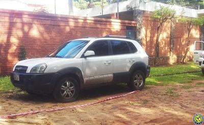 En Luque abandonan vehículo robado •