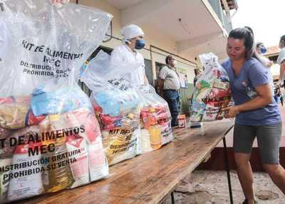 """""""Mi almuerzo escolar en familia"""": Educación inicia entrega de kits alimenticios en Asunción"""