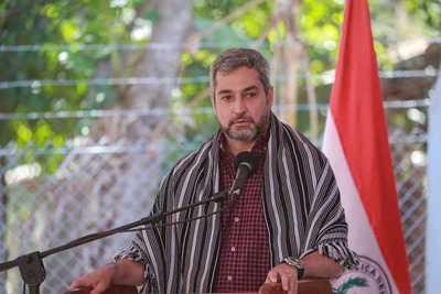 Apoderado de la ANR dijo que Mario Abdo debe despertarse, pues el crédito se le acaba