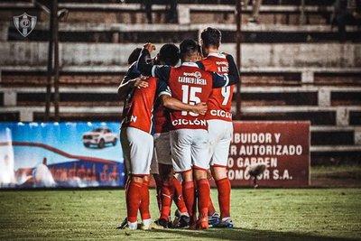 Cerro Porteño se recupera y sigue más vivo que nunca en la pelea por el campeonato