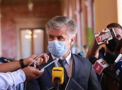 """Ministro lamenta situación """"casi extrema"""" y apela al apoyo ciudadano"""