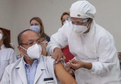 Salud Pública amplía el rango de vacunación a partir de los 75 años de edad