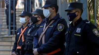 Comandante de la Policía pide 11.000 dosis para vacunar a uniformados