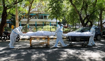 India registró otro récord con 2.812 muertos y mas de 350.000 contagios en 24 horas