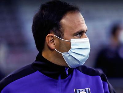 """El técnico de Huachipato advierte que el """"12"""" será un rival difícil"""