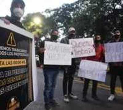 """Varios sectores protestan y cuestionan la """"cuarentena selectiva"""""""