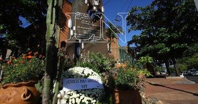 La Nación / A 30 años de su asesinato, sus familiares piden justicia