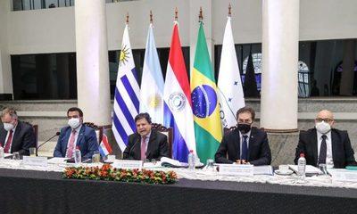 Analizan revisar normas arancelarias que rigen en el Mercosur