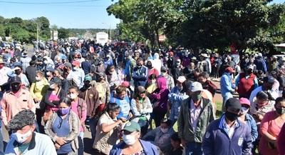 Cerraron ruta en Misiones pidiendo mantener programas sociales de Yacyreta.