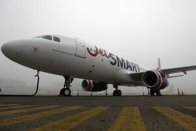Aerolínea de bajo costo JetSMART inicia certificación para operar en Perú