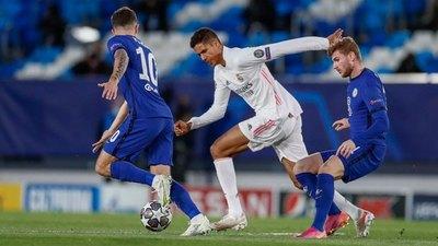 Versus / Chelsea, con leve ventaja tras empatar de visitante ante el Real Madrid