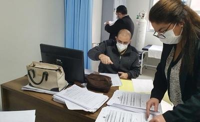 Fiscales se constituyeron en Hospitales tras denuncias sobre vacunación irregular