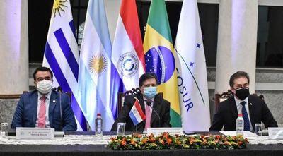 Paraguay ratifica apuesta al diálogo y pide respetar textos fundacionales del Mercosur