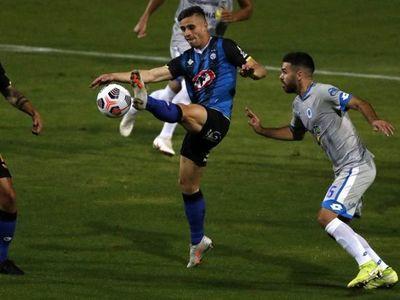 El 12 de Octubre rescata un empate ante Huachipato