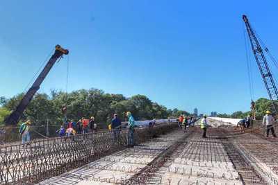 El viaducto más largo del Corredor Vial Botánico avanza sin contratiempos