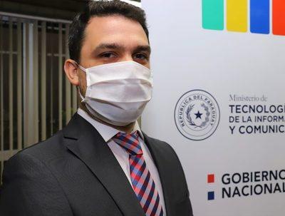 Mitic atribuye caos en vacunación a informaciones falsas en redes sociales · Radio Monumental 1080 AM