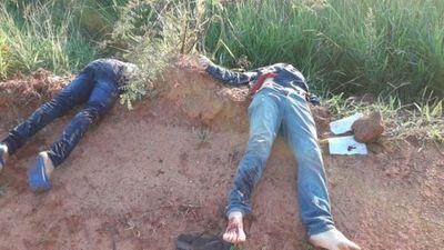 Asesinan a padre e hijo y dejan un mensaje cerca de los cuerpos