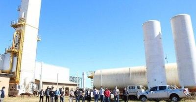 La Nación / Impulsan culminación de fábrica de oxígeno en Hernandarias ante alta demanda