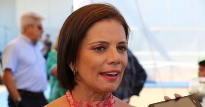 La Nación / Indignada con el gobierno de Abdo, tributarista va al Brasil para vacunarse contra el COVID