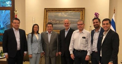 """La Nación / Embajador Yoed Magen calificó de """"amigo de Israel"""" al expresidente Horacio Cartes"""