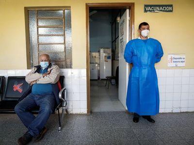 Covid-19: Brasil anuncia su primera vacuna mientras nuevas variantes amenazan a América
