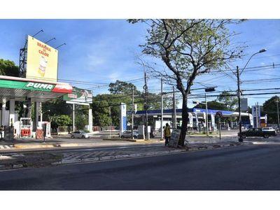 Tras medida cautelar, tramitan ocho   proyectos para    gasolineras  en capital