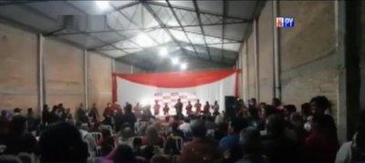 Aglomeración en concentración política en Alberdi – Prensa 5