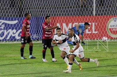 """Versus / Richard Ortiz: """"La Copa se juega así, hay que meter al estilo Olimpia"""""""