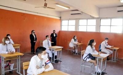 MEC y clases presenciales: Plan es seguro para 1.500.000 alumnos, afirma ministro