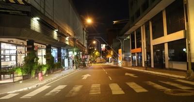 La Nación / MTESS aclara que trabajadores pueden circular luego de las 20:00 para llegar a sus casas