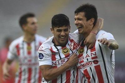 Versus / ¡Enorme victoria de River Plate en Perú por Copa Sudamericana!