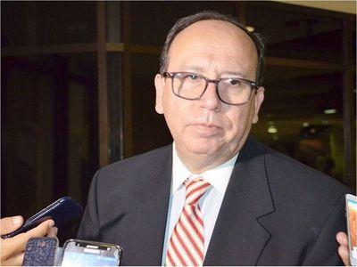 El presidente  formaliza el  nombramiento de Cáceres