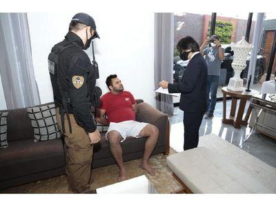 Mandó presos a estudiantes, pero libera a presunto narco