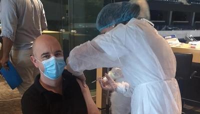 Uruguay sigue con su rápida campaña de vacunación:ya aplicó más de 50 dosis por cada 100 habitantes
