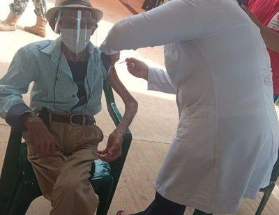 Casi 200 personas no aparecieron para vacunarse contra el COVID